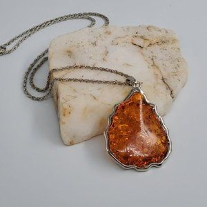Silver Amber Pendant Necklace